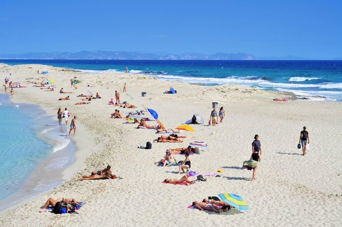 Playa de Ses Illetes - Es Formentera. com
