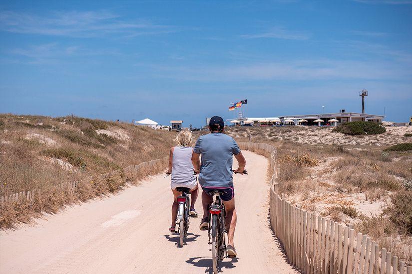 3 rutas para descubrir la isla de Formentera en bicicleta