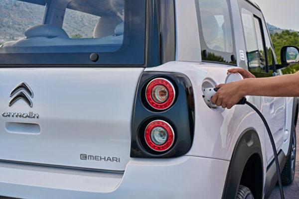 Alquilar coches eléctricos en Formentera